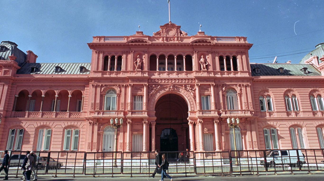 Hotel El Cabildo – Government House (Casa Rosada)